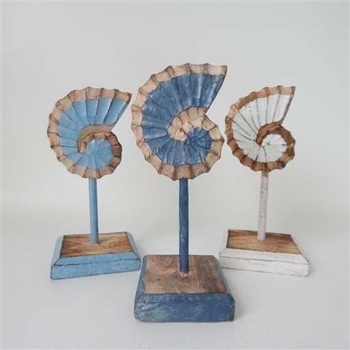 Carved Shell on Stand Set of 3