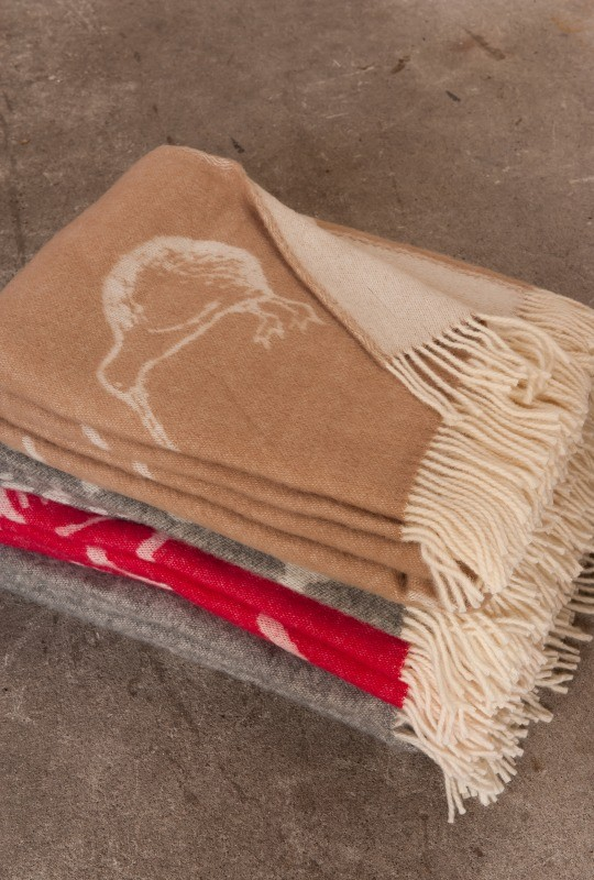 Mulberi Kiwi Small 100% Wool Throw -  Fawn
