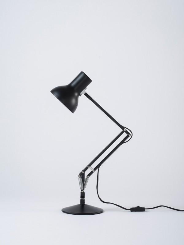 Type 75 Mini Desk Lamp Jet Black