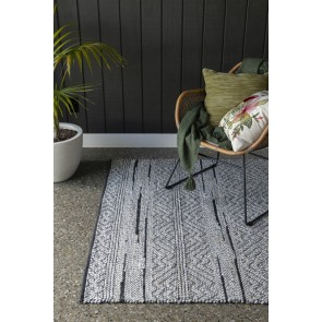 Limon Enid Pebble/Black Floor Rug