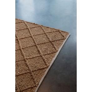 Mulberi Assam Agate Saddle Floor Rug