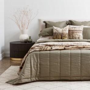 Olive Linen Quilt