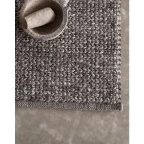 Mulberi Glendhu Charcoal Floor Rug