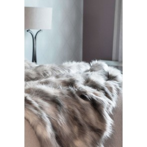 Heirloom Mountain Hare Faux Fur Throw