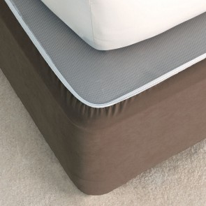 Suede Valance Bedwrap by Savona - Chocolate