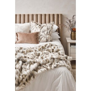 Heirloom Snowshoe Hare Faux Fur Throw