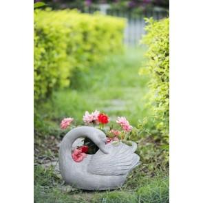 Outdoor Swan Planter